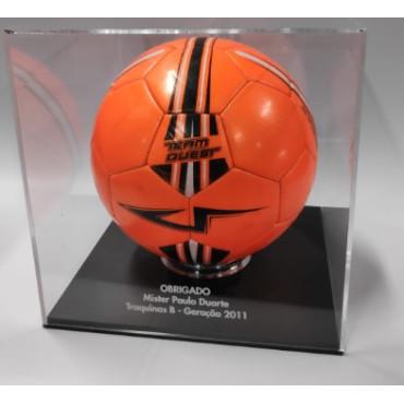 Caixa para Bola de Futebol 30*30 cm com base preta