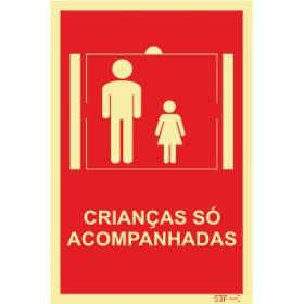 Sinal para condomínios, Crianças só acompanhadas no elevador